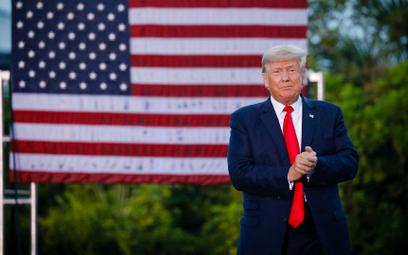 Donald Trump pozywa Facebooka, Google'a i Twittera