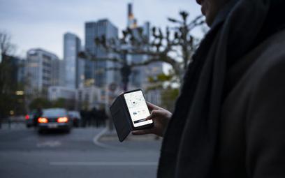 Sejm przyjął ustawę. Taksówkarze i Uber niezadowoleni