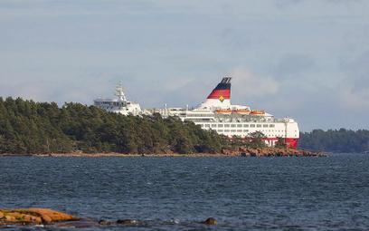 Fiński prom utknął na mieliźnie na Morzu Bałtyckim. Nie pierwszy raz