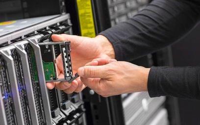 Giełdowe spółki IT ostro konkurują o pracowników