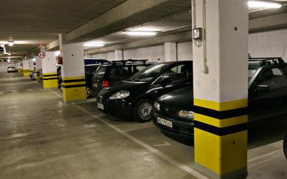 Wspólnota nie może zakazać sprzedaży miejsc postojowych w garażu wielostanowiskowym