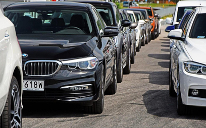 Rząd planuje teraz zakup 308 nowych aut. To ponad 100 mln zł