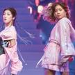 """Zwiastun nowych czasów? Ju Wang (z prawej) uczestniczyła w talent show """"Produce 101"""", choć – jak sam"""