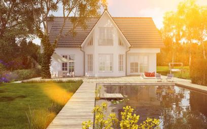Zmiany w prawie wodnym - prawo pierwokupu nieruchomości z basenem lub oczkiem wodnym dla starosty