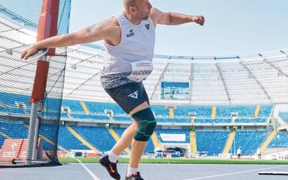 Piotr Małachowski zapowiedział, że jeśli zdobędzie medal, wystawi go na aukcję, bo pomaganie to świe