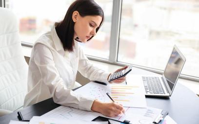 CIT: przedsiębiorcy mogą przesuwać podatkowe koszty