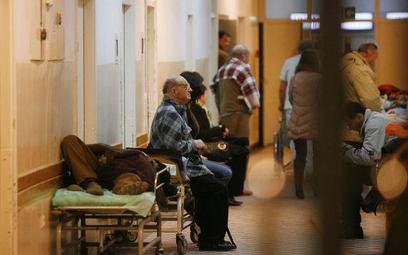 Szpitale ograniczają pacjentom dostęp do ostrego dyżuru, ale nie zawsze zgodnie z prawem.