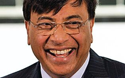 28 mld dolarów - Lakshmi Mittal