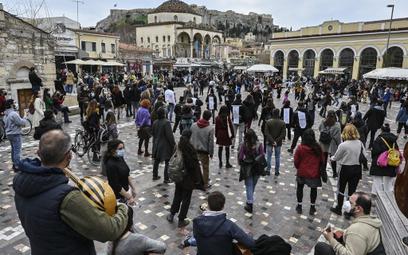 Grecja zezwala na więcej przylotów
