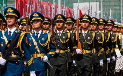 Chiński profesor przemycał amerykańskie mikrochipy do rakiet