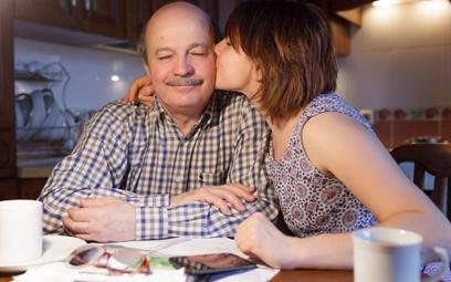 Podatek od darowizny w rodzinie nie każdy musi płacić