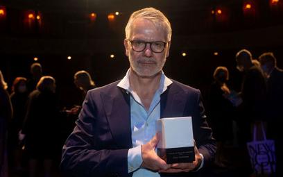 Durs Grünbein odebrał Międzynarodową Nagrodę im. Herberta podczas gali w Teatrze Polskim w Warszawie