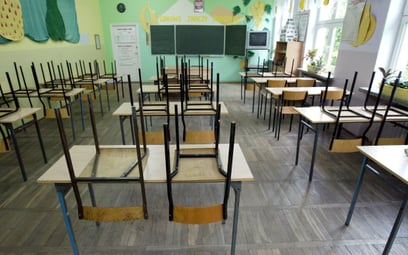 Sąd: dyrektorka nie straci posady przez informację o likwidacji szkoły